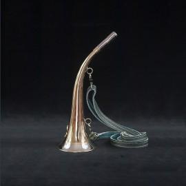 Trompe 30cm guirlande blanche et motif sanglier